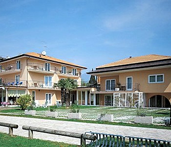 Hotel riva del garda lago di garda - Hotel lago garda piscina coperta ...