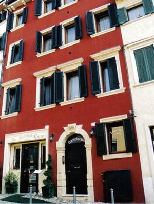 Hotel verona cittadella porta nuova for Appartamenti arredati in affitto a verona